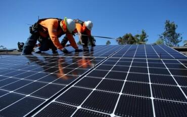 instalar_painel_solar-370x232.jpg